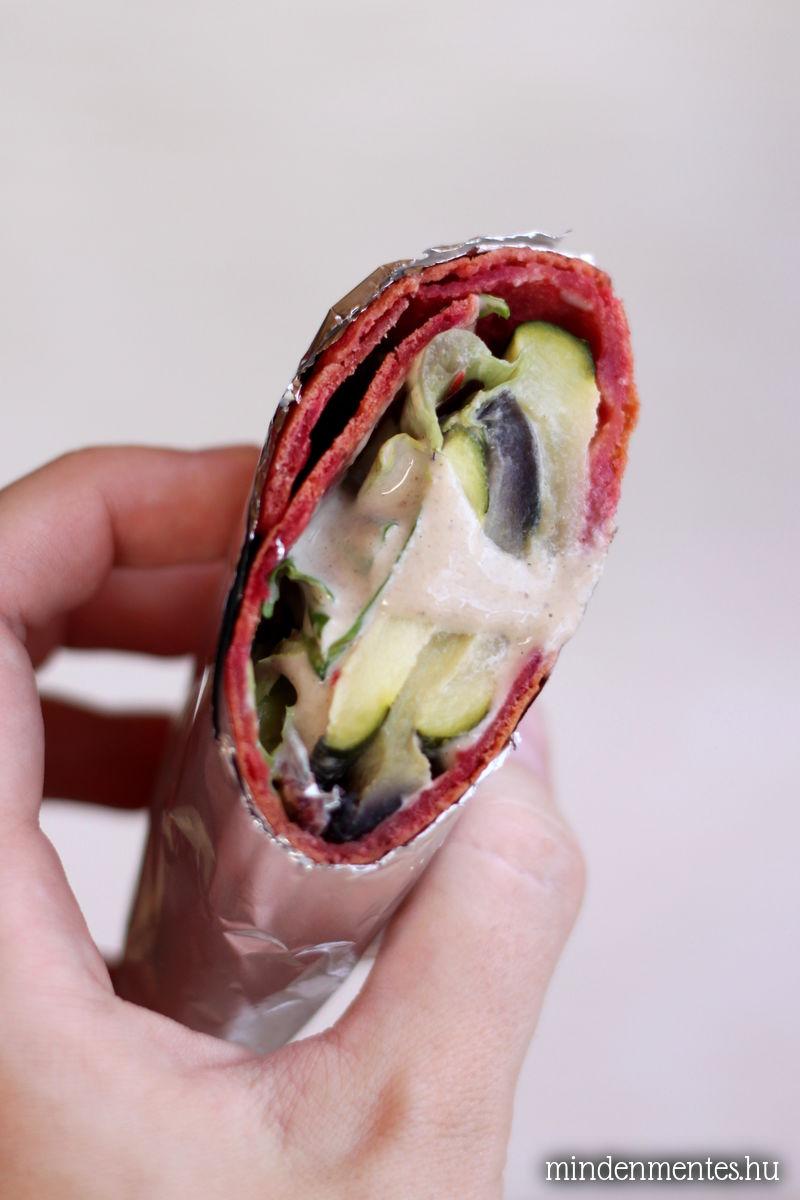 Céklás wrap grill zöldségekkel és tahini szósszal: glutén-, tojás-, tejtermékmentes, vegán, lowcarb recept