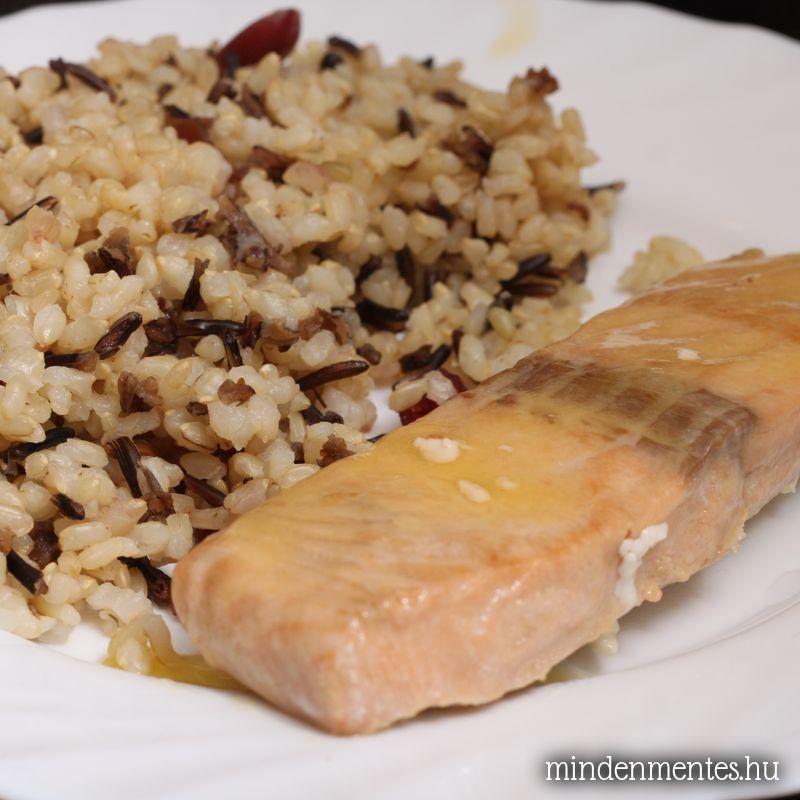 Citromos lazac, áfonyás barna és vad rizzsel