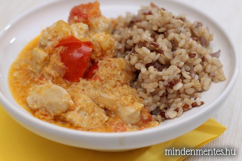 Kókuszos-currys csirke