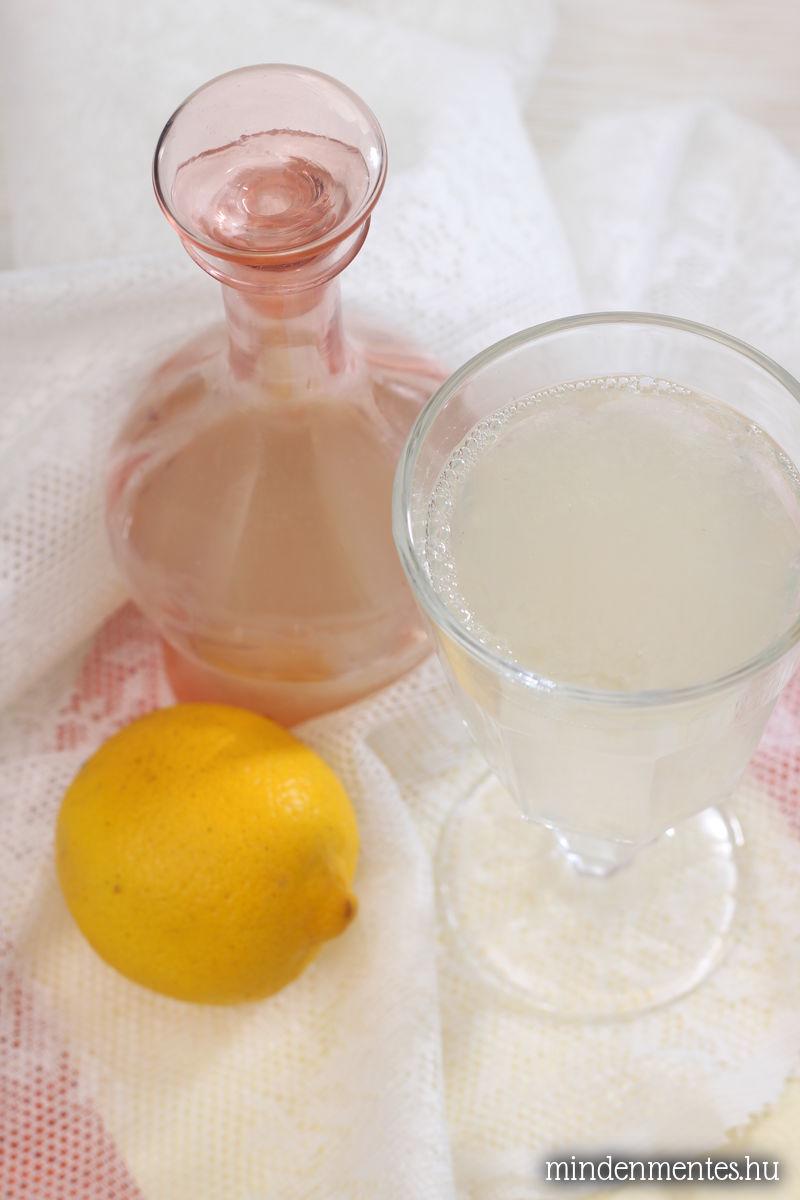 Rózsavizes limonádé