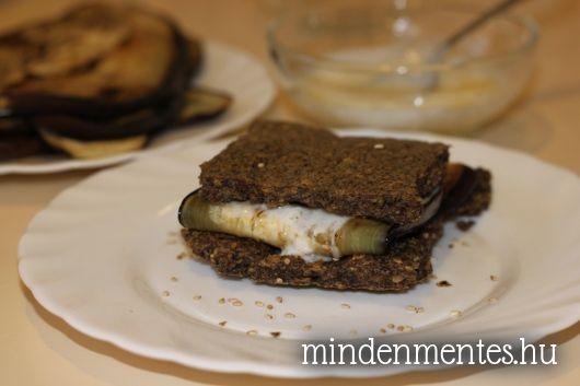 Sült padlizsános szendvics fokhagymás joghurttal