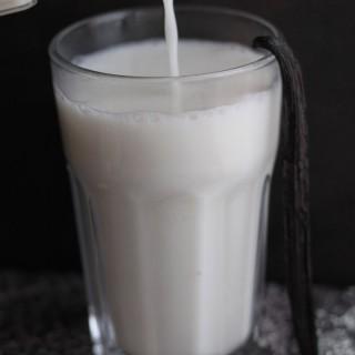 Vaníliás, krémes növényi tej – kesudióval