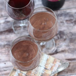 Vörösboros csokoládé mousse (alkoholmentes, cukormentes, tejmentes, tojásmentes, vegán)